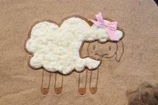 Wärmflaschenbezug Schaf mit Wärmflasche