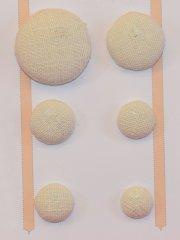 Leinenknopf uni, passendend zu den bestickten Leinenknöpfen